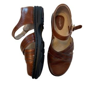 Propet Leather Comfort Mary Jane Shoes  6 XX (4E)